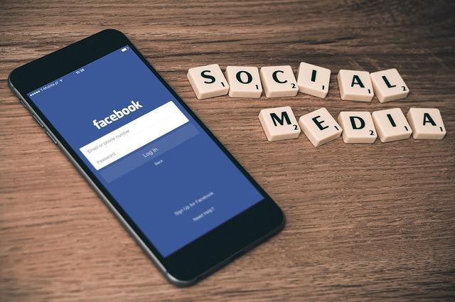 Facebook, Twitter und Co.